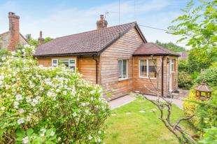 2 Bedrooms Bungalow for sale in School Lane, Stedham, Midhurst