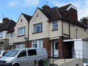 3 Bedrooms Semi Detached House for sale in South Park Road, Maidstone, Kent
