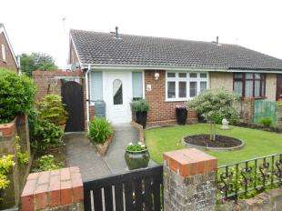 2 Bedrooms Bungalow for sale in Cedar Crescent, St. Marys Bay, Romney Marsh