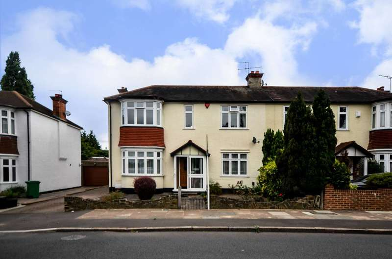 3 Bedrooms House for sale in Farnaby Road, Shortlands, BR1
