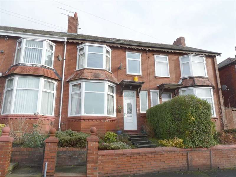 3 Bedrooms Property for sale in Grange Avenue, Coppice, OLDHAM