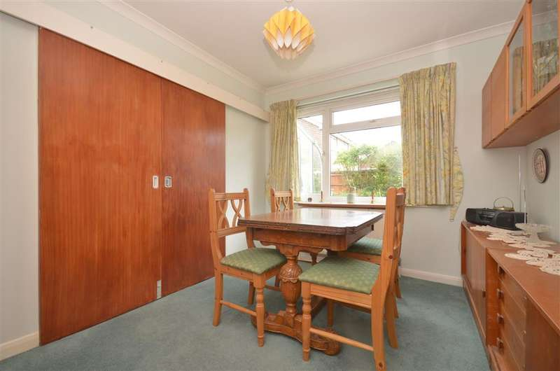 4 Bedrooms Detached House for sale in Ferndale Road, Chichester, West Sussex