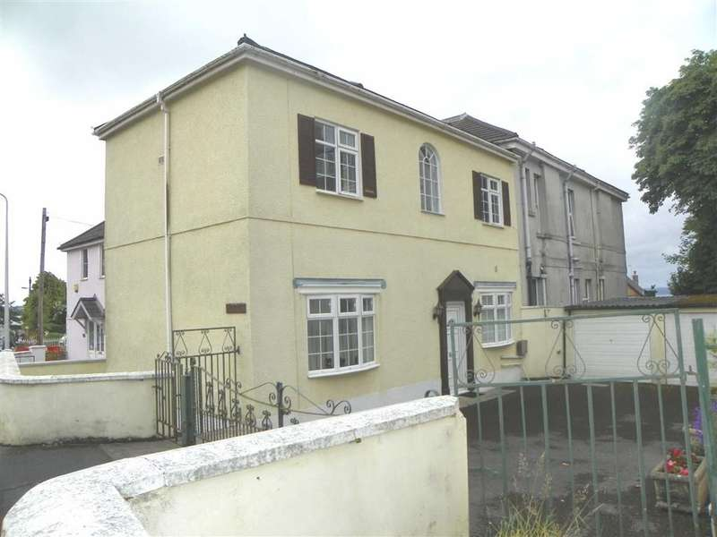 2 Bedrooms Semi Detached House for sale in Old Road, Llanelli
