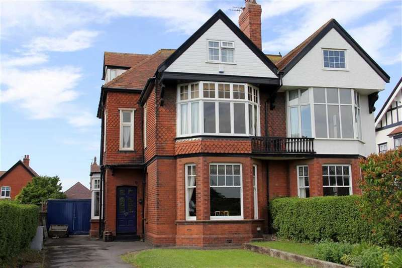5 Bedrooms Property for sale in Clifton Drive, Lytham