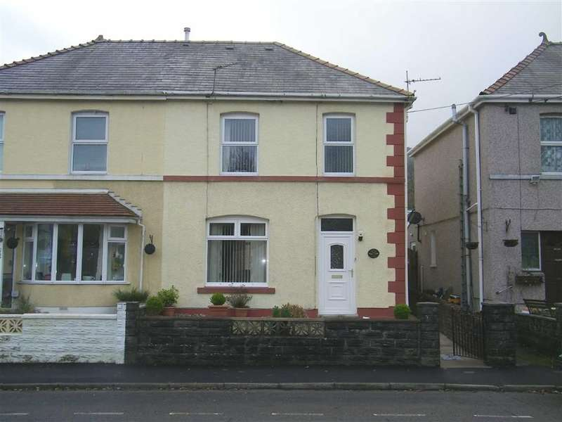 3 Bedrooms Property for sale in Cwmamman Road, Glanamman