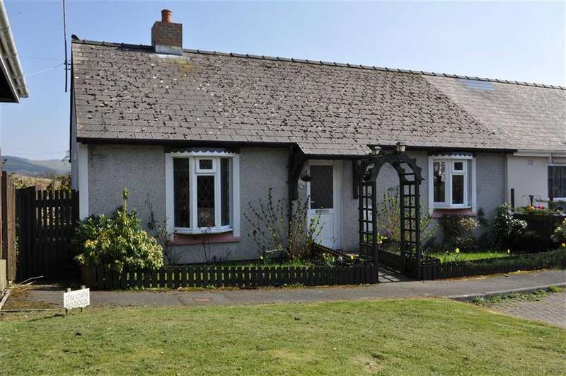 2 Bedrooms Semi Detached Bungalow for sale in Cwrt Y Wern, Ystrad Meurig, Pontrhydfendigaid