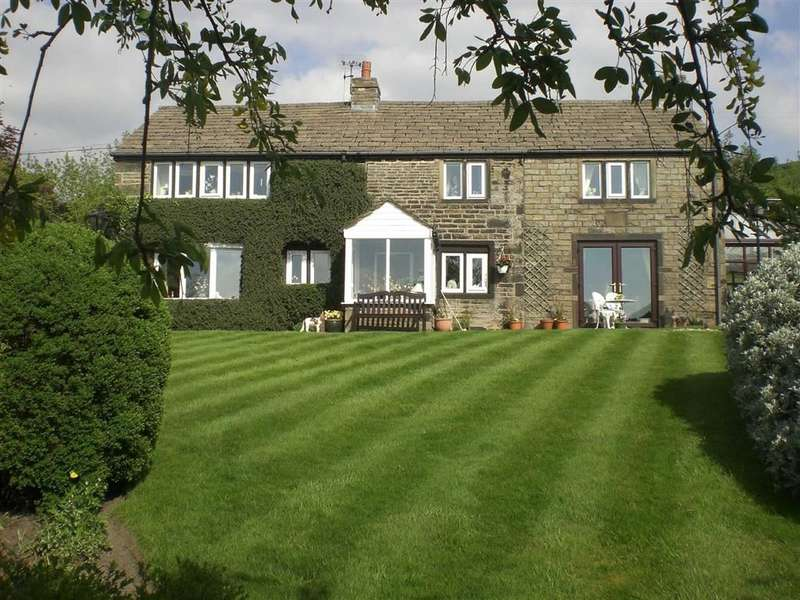 4 Bedrooms Property for sale in Pobgreen, Uppermill, SADDLEWORTH, OL3