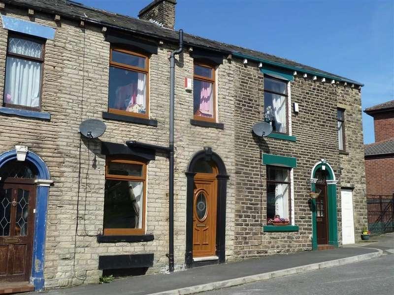 3 Bedrooms Property for sale in Walkers Lane, Springhead, SADDLEWORTH, OL4