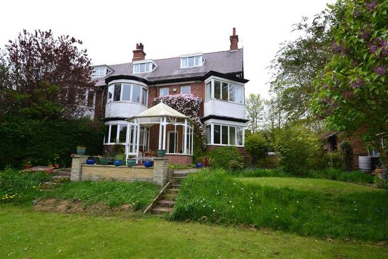 6 Bedrooms Property for sale in Eastgate, Hornsea, East Yorkshire