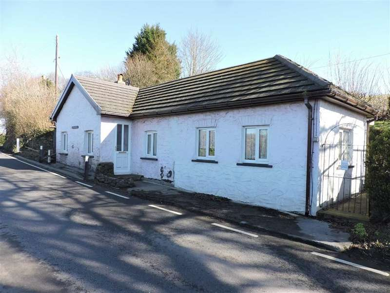 3 Bedrooms Property for sale in Pentrecwrt Road, Nr Llandysul