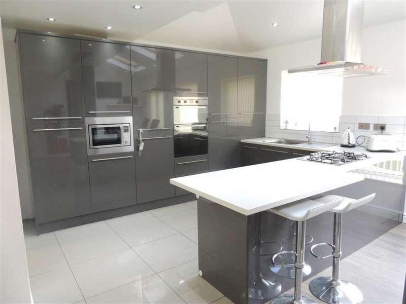 3 Bedrooms Property for sale in Alexandra Road, Ashton-under-lyne