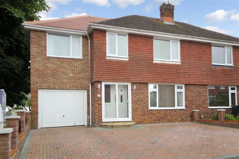 4 Bedrooms Property for sale in Buckingham Road, Lawn, Swindon