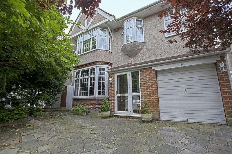 4 Bedrooms Detached House for sale in Grove Park Road, Mottingham SE9