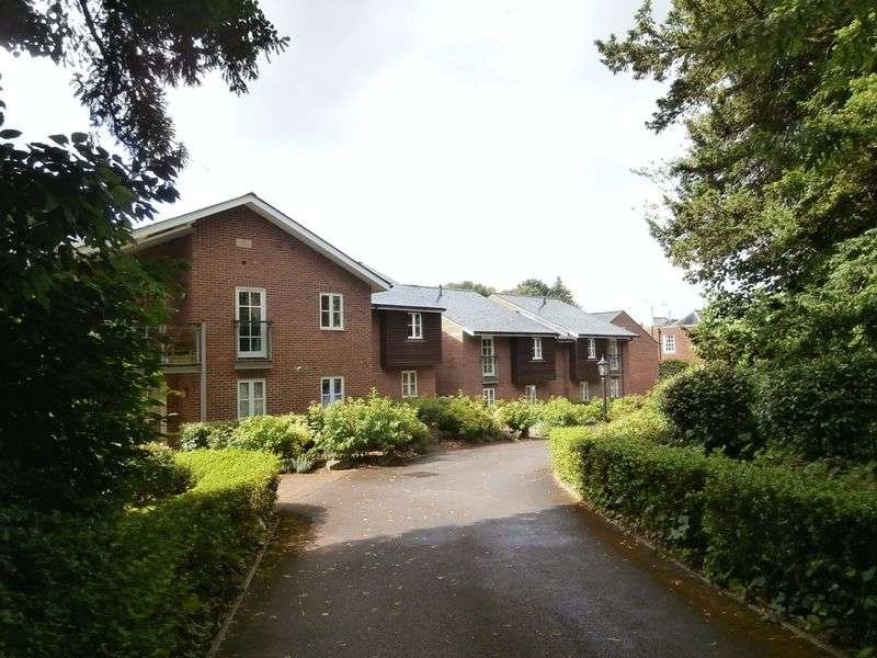 2 Bedrooms Flat for sale in Free Street, Bishops Waltham