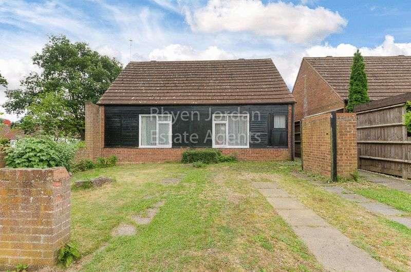 4 Bedrooms Property for sale in Butlers Grove, Milton Keynes