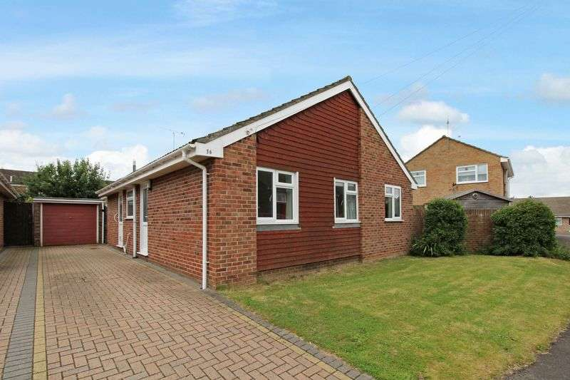 3 Bedrooms Detached Bungalow for sale in Dorchester Close, Nailsea