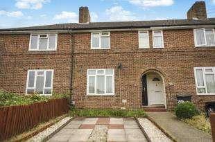 2 Bedrooms Terraced House for sale in Keedonwood Road, Bromley, .
