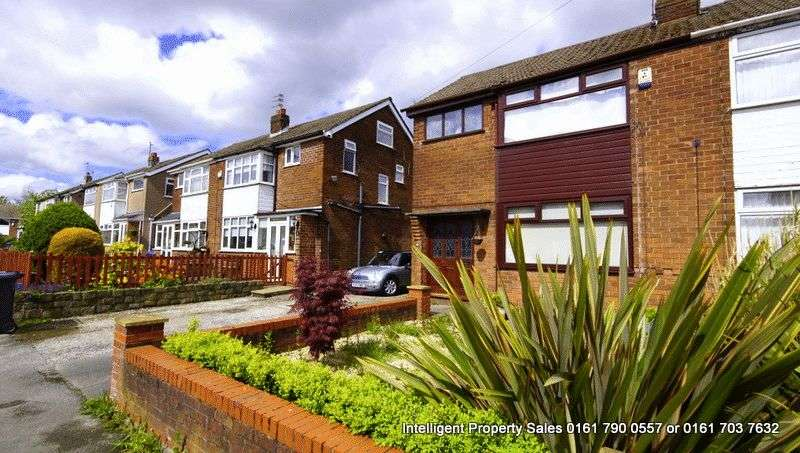 3 Bedrooms Semi Detached House for sale in Hertford Drive, Tyldesley, M29 8LU