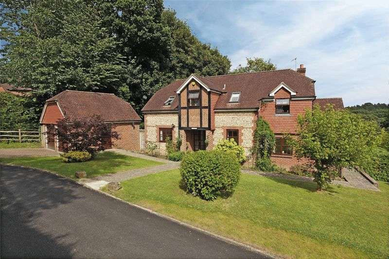4 Bedrooms Detached House for sale in Park Road, Forest Row