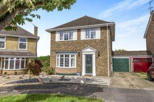 4 Bedrooms Detached House for sale in Lombardy Close, Hempstead, Gillingham, Kent