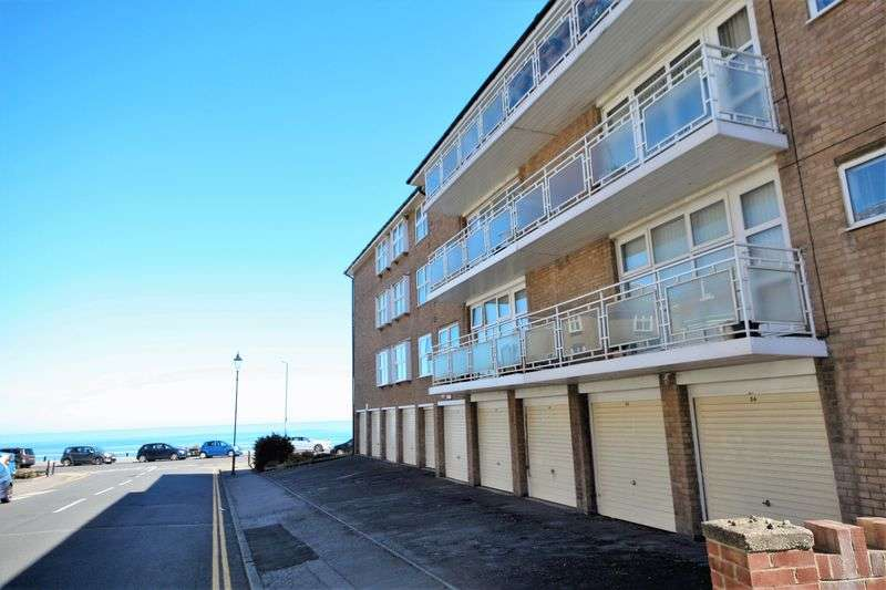 2 Bedrooms Flat for sale in Marine Parade, Saltburn-By-The-Sea