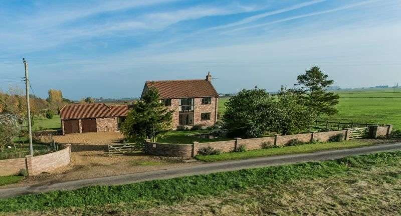3 Bedrooms Detached House for sale in High Green Farm, Christchurch, Cambridgeshire