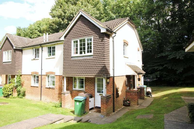 2 Bedrooms Maisonette Flat for sale in Garston, HERTS
