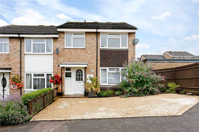 3 Bedrooms Semi Detached House for sale in Chessmount Rise, Chesham, Buckinghamshire, HP5