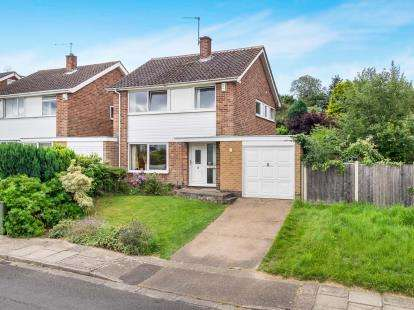 3 Bedrooms Detached House for sale in Appledore Avenue, Wollaton, Nottingham, Nottinghamshire