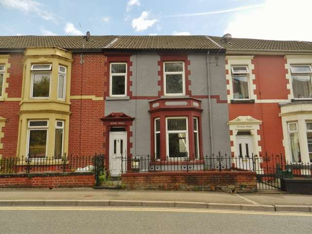 3 Bedrooms Terraced House for sale in Aber-Rhondda Road, Porth