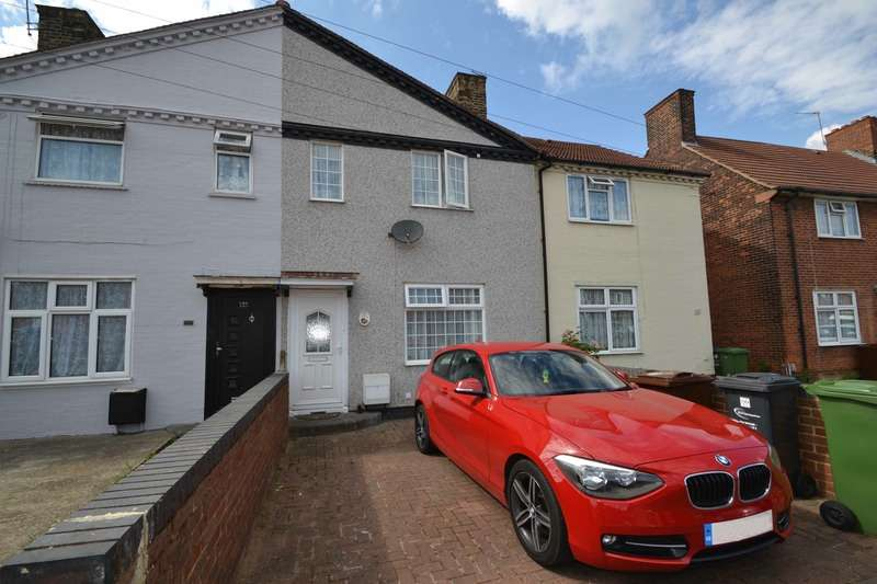 2 Bedrooms Terraced House for sale in Rowdowns Road, Dagenham, Essex, RM9
