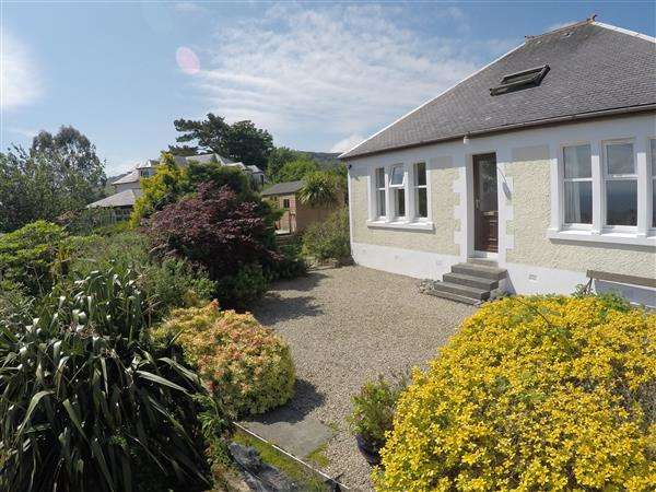 4 Bedrooms Detached House for sale in Middlemarch, Middle Road, Whiting Bay