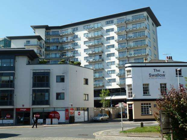2 Bedrooms Flat for sale in Moon Street, Barbican, Plymouth, Devon