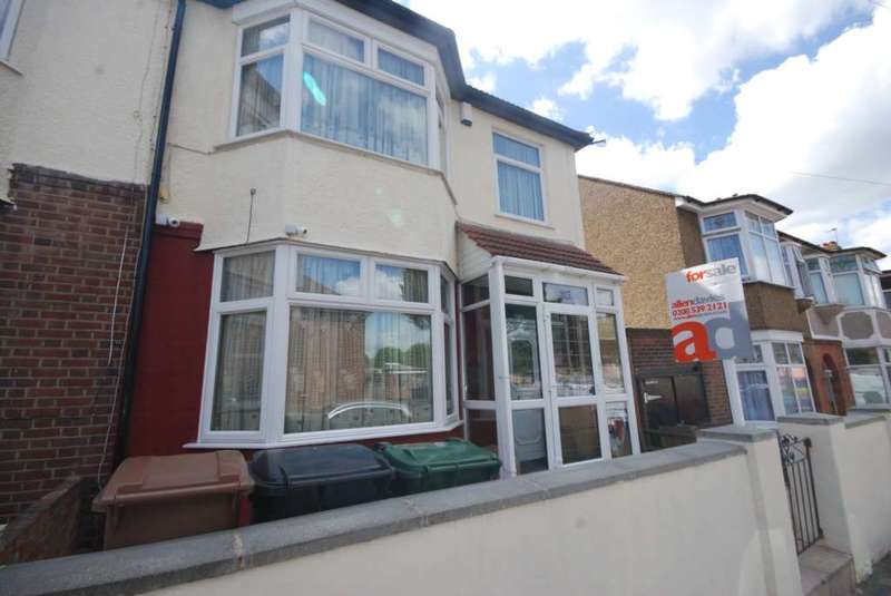 3 Bedrooms Semi Detached House for sale in Chesterfield Road, Leyton