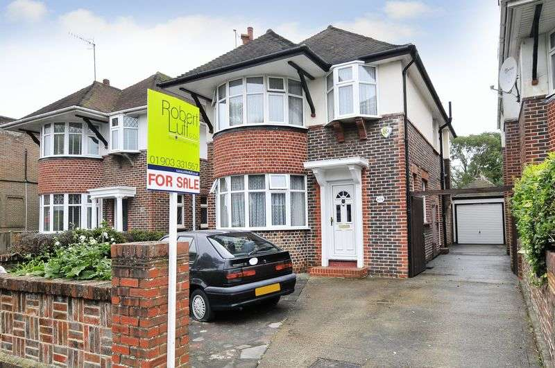 3 Bedrooms Detached House for sale in George V Avenue, Worthing