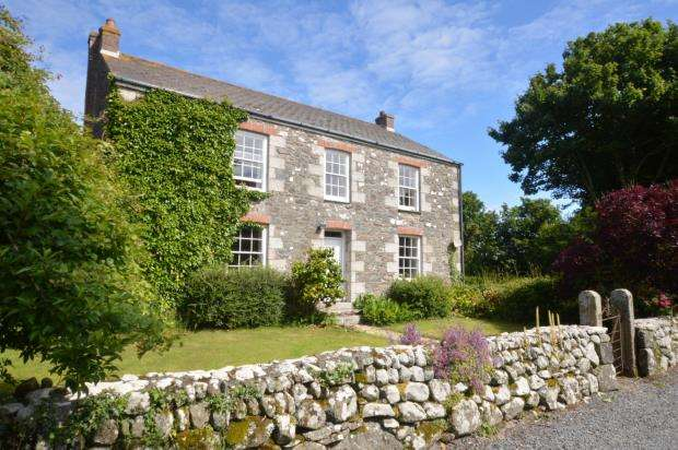 4 Bedrooms Detached House for sale in Treskewes Farm House, St. Keverne, Helston, Cornwall