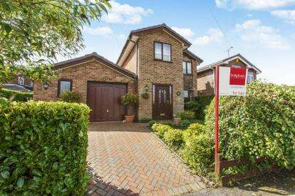 3 Bedrooms Detached House for sale in Georges Way, Bignall End, Stoke-On-Trent, Staffordshire