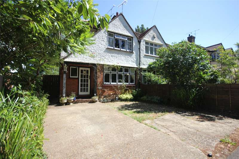 3 Bedrooms Semi Detached House for sale in Maybury Hill, Woking, Surrey, GU22