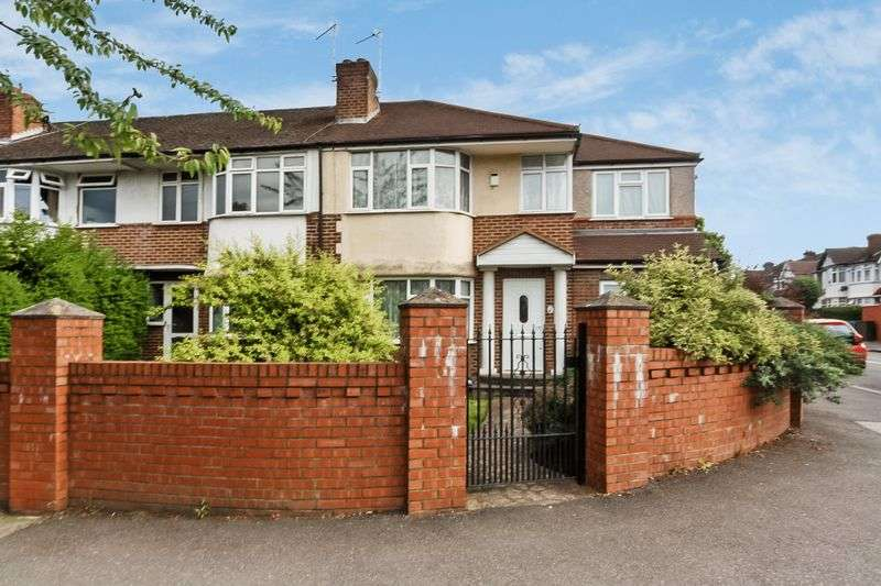 3 Bedrooms Terraced House for sale in Ferrymead Avenue, Greenford