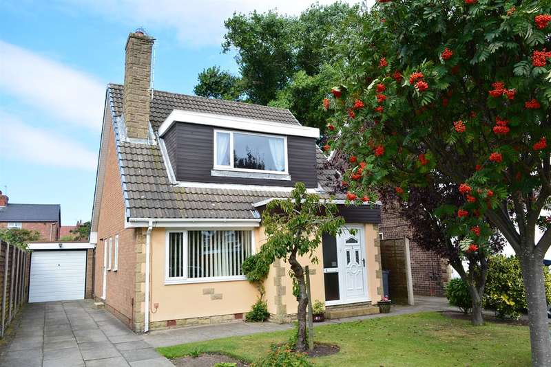 4 Bedrooms Detached House for sale in Lawn Tennis Court, South Shore, Blackpool, FY4 2NJ