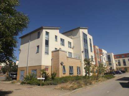 2 Bedrooms Flat for sale in Langham Way, Ashland, Milton Keynes