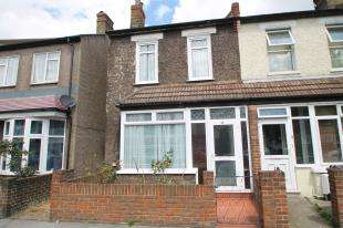 3 Bedrooms Terraced House for sale in Tankerton Terrace, Mitcham Road, Croydon