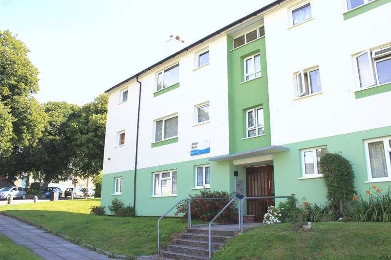 2 Bedrooms Flat for sale in Garden Street, Morice Town, Plymouth