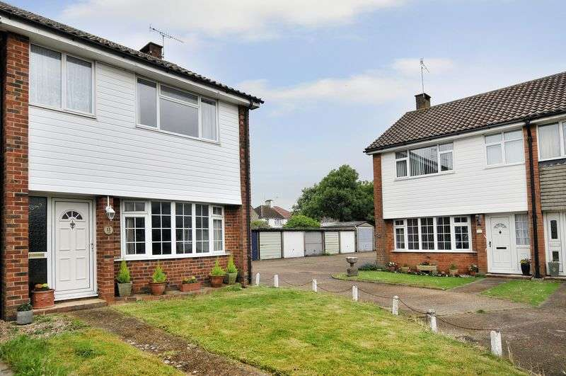 3 Bedrooms Terraced House for sale in Guildford Close, Worthing