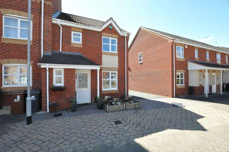 3 Bedrooms Terraced House for sale in Castilla Place, Burton-On-Trent