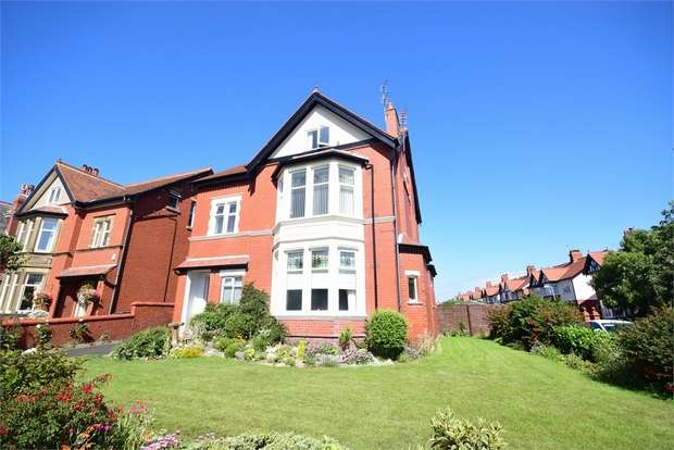 1 Bedroom Flat for sale in 25 Bromley Road, LYTHAM ST ANNES, Lancashire