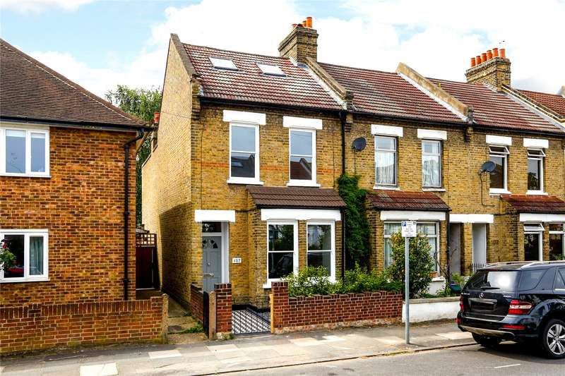 4 Bedrooms Terraced House for sale in Russell Road, London, SW19