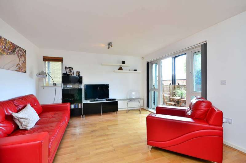 2 Bedrooms Flat for sale in Wells Way, Camberwell, SE5