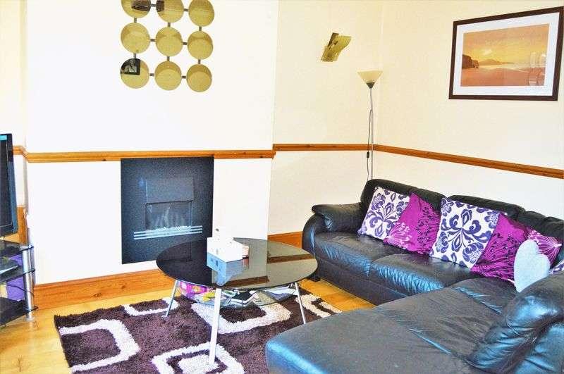2 Bedrooms Terraced House for sale in Belvoir Street, Rochdale