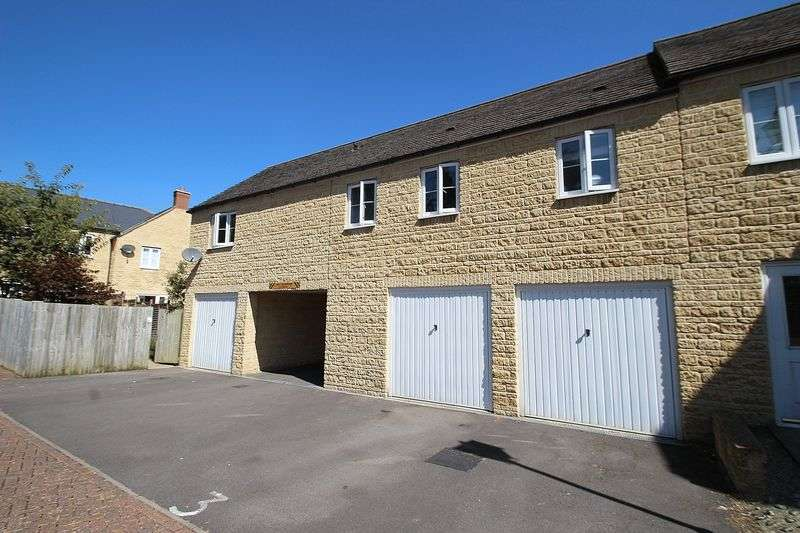 2 Bedrooms Flat for sale in STENTER LANE, Jacob's Mill, Witney OX28 6AW